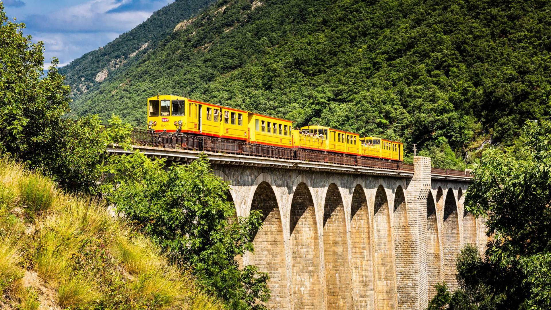 Yellow Train.jpg